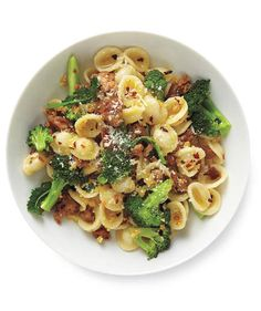Pasta With Turkey and Broccoli | Need some quick dinner ideas? Try one of these speedy recipes that take just 15 minutes or less of hands-on work.