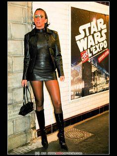 Leather Fetishdiva in Paris