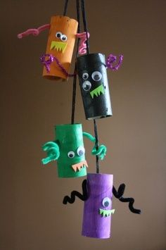 For kids who like a little less scaryeasy monsters made from cardboard tubes, paint, pipe cleaners, google eyes, and foam. monster mobile happy hooligans toilet roll tube monsters | best stuff