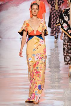 Etro Spring 2013 Ready-to-Wear Collection Slideshow on Style.com