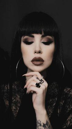 Goth Beauty, Beauty Makeup, Hair Makeup, Dark Beauty, Fancy Makeup, Makeup Looks, Bride Makeup, Wedding Makeup, Gothic Hairstyles