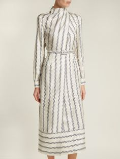 Cheap Fashion Women S Clothing Lovely Dresses, Modest Dresses, Day Dresses, Beautiful Outfits, Dresses For Work, Dresses With Sleeves, Chiffon Dress, Silk Dress, Silk Skirt