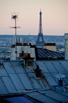 Rooftop, toits de Paris, Tour Eiffel, ljhanwella