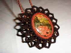 Broche - Collar Macrame Unakita. Handmade Unakite Brooch - Necklace. Broche - Collier macramé Unakite main de GipsyCrafts en Etsy