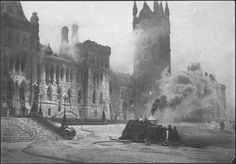 Ottawa, Ontario 1916 Fire at old Parliament buildings Canada Day 150, O Canada, Capital Of Canada, Ottawa Ontario, Canadian History, Old Photos, Vintage Photos, Historical Pictures, Ruins