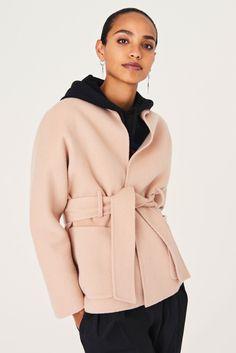 MANTEL BLAME COATS Short Trench Coat, Oversized Jacket, Personal Shopping, Blame, Hooded Jacket, Hoodies, Sweaters, Jackets, Fashion