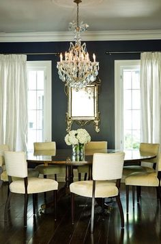Murakami Design - dining rooms - dining room, dining table, round dining table, round dining room table, round dining table seats round d. Dining Room Blue, Dining Room Design, Style At Home, Home Interior, Interior Design, Interior Ideas, Beautiful Dining Rooms, Dining Room Inspiration, Round Dining Table