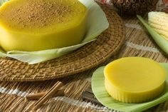 Another famous dessert in Brazil. Full of flavor and simple to make. It's very traditional during June due to a very fun celebration called Festa Junina. Curau is a custard-like flan made of … Bento, Mango Verde, Brazilian Dishes, Famous Desserts, World Recipes, Custard, Coco, Dessert Recipes, Cooking Recipes