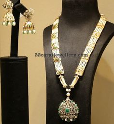 Latest Collection of best Indian Jewellery Designs. Royal Jewelry, Pearl Jewelry, Jewelry Sets, Gold Jewelry, Beaded Jewelry, Fine Jewelry, Beaded Necklace, Necklaces, Traditional Indian Jewellery