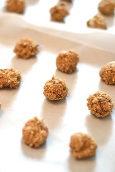 a super easy recipe for making lactation cookies to boost mama's milk supply + give her a boost of energy!