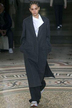 Stella McCartney Autumn/Winter 2017 Ready to wear Collection | British Vogue