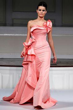 Oscar de la Renta Spring 2011 Ready-to-Wear - Collection - Gallery - Style.com