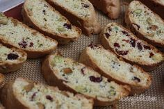 Has anyone ever made  their own biscotti before? Sounds so fancy.  Hopefully I'll get to try this recipe this week :)