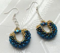 Earrings   Cute peyote earrings, using different sizes of seed beads (gold size ...