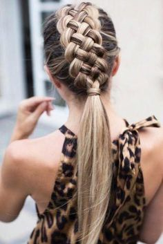 Top 60 All the Rage Looks with Long Box Braids - Hairstyles Trends Braided Ponytail Hairstyles, Box Braids Hairstyles, Pretty Hairstyles, Braided Mohawk, Hairstyle Short, Hairstyles 2018, French Hairstyles, Hairstyle Ideas, Teenage Hairstyles