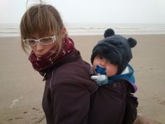 """""""We really enjoy our coat!!"""" - Bieke Devreker #babywearing #mamacoat"""
