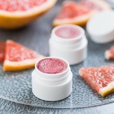 Homemade Pink Grapefruit Lip Balm - super quick and easy to make, and it's perfect for homemade gifts!