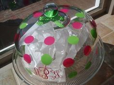 Cutest Cake Stand Ever!  Thanks Preppy Polka Dot!