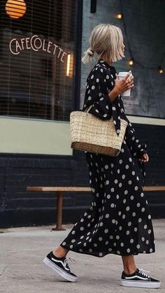 flowy dress, spring outfit dress, best spring outfit knit jumper spring what to wear in spring, spring fashion 2020 Source by annameisenberg outfit casual chic Outfits With Vans, Dresses With Vans, Mode Outfits, Trendy Dresses, Cute Dresses, Casual Dresses, Teen Outfits, Winter Dresses, Fashion Dresses