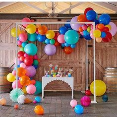 theoriginalpartybagcompany on No ordinary NEW IN from to make sure Balloon Garland, Balloon Decorations, Birthday Decorations, Balloon Arrangements, Balloon Arch, First Birthday Parties, Birthday Party Themes, First Birthdays, Poppies For Grace