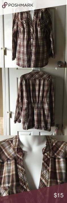 Ladies button up Ladies plaid button up. Collar less. Maurices Tops Button Down Shirts