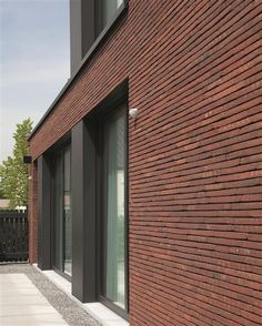 Detail of the villa Brick Cladding, House Cladding, Brickwork, Building A New Home, Brick Building, Building Design, Brick Architecture, Architecture Details, Modern Exterior