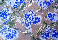 Esengul Inalpulat (©2008 artmajeur.com/kirmizi) Battal üzerine serbest çiçek