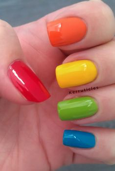 Classic skittle manicure Skittle manicure in red (Bary M Blood Orange), orange (L'Oreal Lush Tangerine), yellow (George Buttercup Shine), green (Ciaté Mojito) and blue (Nails Inc Kensington Park Road) Bright Nails, Yellow Nails, Red Nails, Colorful Nails, Simple Nail Art Designs, Nail Designs, Spring Nails, Summer Nails, Uñas Color Neon