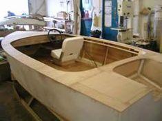 14' V hull stitch and glue boat - Jamie Poynton - Boat Building Academy