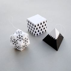 Gift wrap DIY paper ornaments and 14 other Modern, Quirky & Fun Gift Wrap Designs Paper Christmas Decorations, Paper Ornaments, Christmas Paper, Diy Christmas Ornaments, Christmas Projects, White Christmas, Christmas Tree, White Ornaments, Winter Decorations