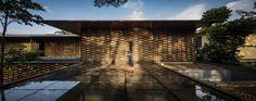 Pin Veredas Arquitetura --- www.veredas.arq.br --- Inspiração: Gallery of GAF House / Jacobsen Arquitetura - 3