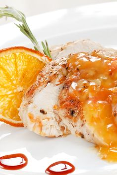Chicken Breasts with Spicy Honey Orange Glaze:1⁄4 cup honey   2 tbsp frozen orange juice, concentrate   1 tsp orange zest, grated   1 clove garlic, minced   1⁄2 tsp salt   1 1⁄4 tsp red pepper flakes, crushed   4 boneless skinless boneless, skinless chicken breast, halves   1 tbsp margarine   1⁄2 tsp vegetable oil