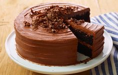 Try this HERSHEY'S Deep Dark Chocolate Cake recipe, made with HERSHEY'S products. Enjoyable baking recipes from HERSHEY'S Kitchens. Bake today.