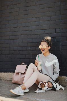 Awesome 39 Sporty Chic Spring Outfits for Women https://outfitmad.com/2018/04/20/39-sporty-chic-spring-outfits-for-women/