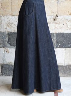 Jan 2020 - Marina Denim Skirt Maxi Skirts Women - Maxi Skirts - Ideas of Maxi Skirts Denim Skirt Outfit Summer, Maxi Skirt Winter, Skirt Outfits Modest, Demin Skirt, Denim Maxi Dress, Denim Skirt Outfits, Womens Maxi Skirts, Dress Skirt, Denim Outfit