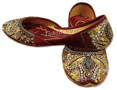 I miss wearing khussas. #Pakistan #shoes
