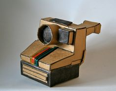 Polaroid One Step - Cardboard Sculpture : Charlotte builds the coolest cardboard sculptures  go see more!