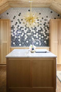 masters the hex! three of our favorite zellige - battled armor, tempered steel, and weathered white, and created their own hex tile medley. Layout Design, Tile Design, Design Ideas, Hex Tile, Wall Tiles, Tiling, Kitchen Flooring, Kitchen Backsplash, Backsplash Ideas