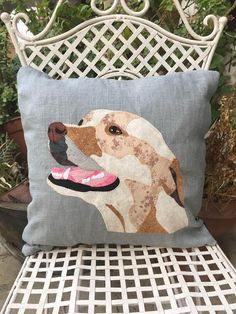 Yellow labrador gift custom yellow lab portrait pillow dog Applique Cushions, Applique Quilt Patterns, Cushion Ideas, Cat Cushion, Animal Cushions, Dog Cushions, Yellow Pillows, Patchwork Pillow, Quilt Art