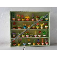 Quilling miniature flowers