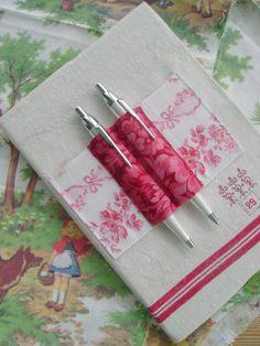 http://vanessas.canalblog.com/albums/livre_de_couture/photos/62857969-chaperon_rouge_014.html
