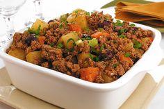 carne moída refogada com legumes
