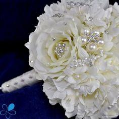 White Rose Bouquet - Blue Petyl Bouquets #wedding #rose