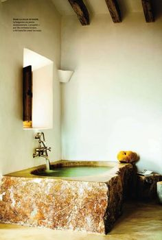 I want ceiling beams like those, even if they're not real support beams.. and that tub, well that would be nice haha.
