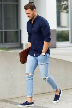 Light Blue Jeans Outfit Men Collection mens casual fashion navy shirt light blue jeans slip on Light Blue Jeans Outfit Men. Here is Light Blue Jeans Outfit Men Collection for you. Mens Fashion Blog, Fashion Mode, Fashion Outfits, Fashion Trends, Fashion Ideas, Style Fashion, Fashion For Man, Fashion Black, Men Summer Fashion