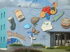 Otorohanga Kiwiana Mural by my friend - wow! New Zealand Destinations, Buzzy Bee, Islands In The Pacific, Nz Art, St P, Kiwiana, Gifts Delivered, The Beautiful Country, Toy Store