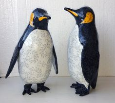 Paper sculptures. Two penguin (October 2015).