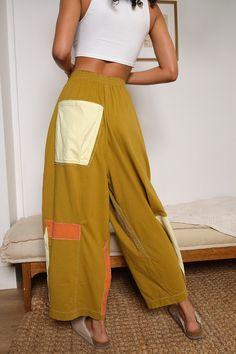 Fashion Line, Girl Fashion, Fashion Outfits, Womens Fashion, Fashion Design, Lounge Pants, Lounge Wear, Stylish Outfits, Cool Outfits