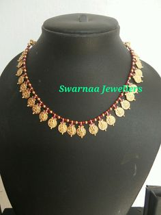 I gram gold jewellery Gold Earrings Designs, Gold Jewellery Design, Bead Jewellery, Beaded Jewelry, Black Gold Jewelry, India Jewelry, Jewelry Patterns, Making Ideas, Gold Necklace
