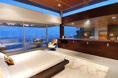 In This Luxury House With Stunning View In Hollywood Hills There Are Three  Contamporary Bedrooms And Design Inspirations